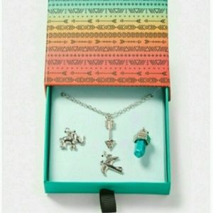 JUSTICE BOHO Charm Necklace Gift Set Silver Arrow